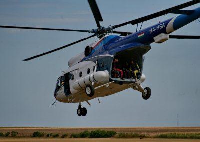 Mi8 helikopter felszállás közben